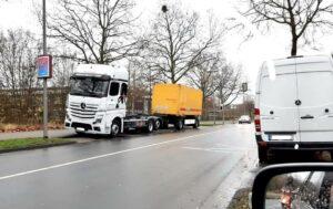 Parkende LKW machen Coerder Schulen das Leben schwer