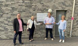 """CDU-Politiker loben Wiederaufbau der """"Hütte"""""""