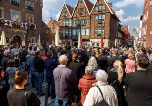 Gedenkfeier am Jashrestag der Amokfahrt in Münster. Foto: Presseamt Stadt Münster / MünsterView / Witte