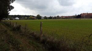 Unter Dach und Fach ist der Ankauf von landwirtschaftlichem Grund und Boden in Wolbeck. Auf einer 8,5 Hektar großen Fläche soll erschwingliches Bauland entstehen. Foto: Stadt Münster.